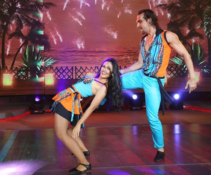 Igor e Suellem dançam lambada (Foto: Carol Caminha/Gshow)