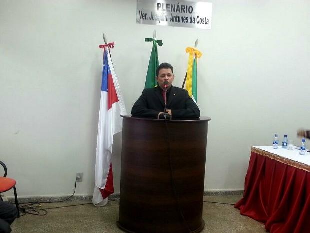 Novo prefeito de Codajás, Joel Oliveira (PT), tomou posse nesta terça (13), no AM (Foto: Divulgação)