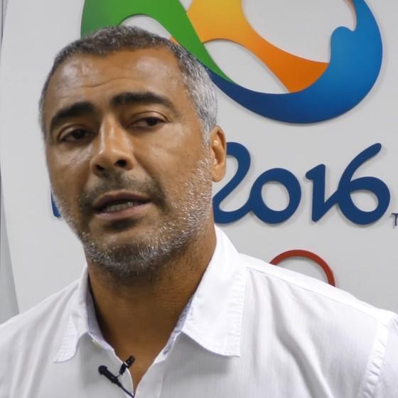O senador, e ex-jogador da seleção de futebol, Romário (Foto: Reprodução/Youtube)