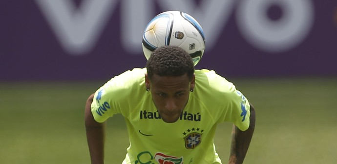 Neymar treino Brasil Arena Corinthians (Foto: André Mourão / MoWA Press)