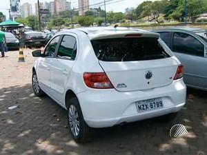 Carro (Foto: Reprodução/TV Bahia)
