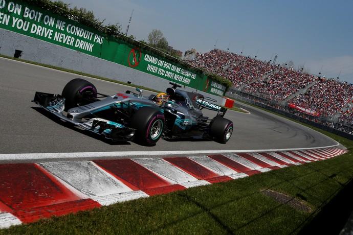 Hamilton no GP do Canadá (Foto: REUTERS/Chris Wattie)