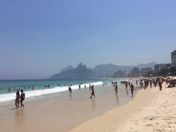 Orla do Rio ficou cheia nesta quinta (Foto: Alex Ragir / Arquivo pessoal)