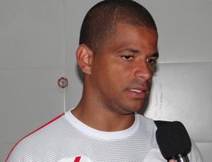 Júlio César criticou nervosismo do time diante do Brasiliense (Foto: Henrique Pereira/ Globoesporte.com)
