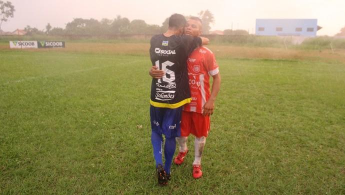 Em times rivais, irmãos Peixe e Tanaka marcaram gols do empate (Foto: Júnior Freitas)