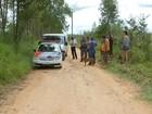 Corpos são achados dentro de carro carbonizado em Araçoiaba da Serra