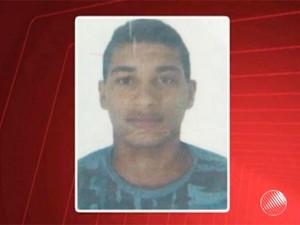 Jovem de 18 anos foi morto por PM após amigo anunciar assalto de mentira (Foto: Reprodução/TV Subaé)