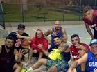 Rodrigo Godoy, Naldo e ex-BBB Fernando jogam basquete