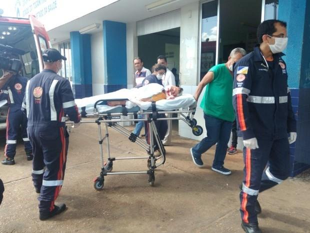 Homem foi levado ao Hospital Regional de Araguaína (Foto: Divulgação)