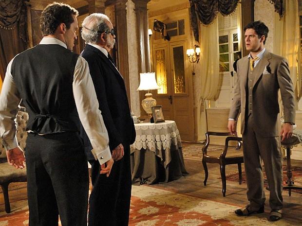 Juvenal enfrenta a família e vai embora para se casar com Lindinalva (Foto: Gabriela / TV Globo)