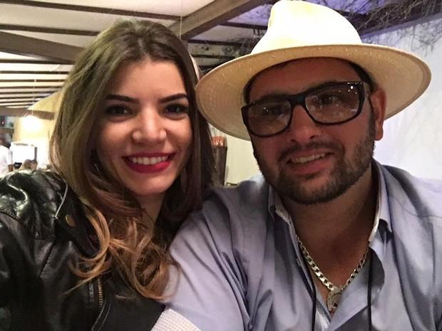 Jéssica e Sandro foram presos após a neta das vítimas descobrir que eles aplicaram um golpe milionário na família (Foto: Arquivo Pessoal)