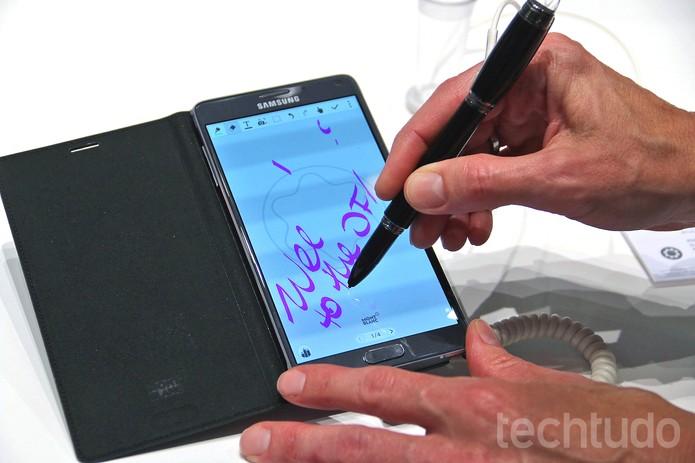 O modelo Starwalker pode ser convertido em uma S Pen (Foto: Fabrício Vitorino/TechTudo)