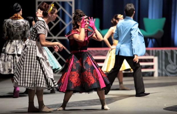 Balé Teatro Guaíra e Orquestra Sinfônica do Paraná apresentam  'Cinderela' (Foto: Divulgação)