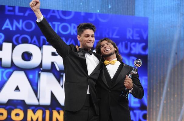 Munhoz e Mariano comemoram a vitória (Foto: TV Globo/Raphael Dias)