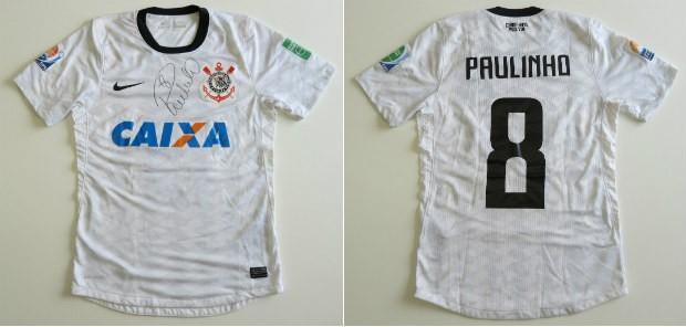 Paulinho leiloa camisa do Mundial e verba será destinada para a AACD ... fbe80acf13149