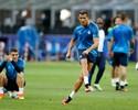 Zidane garante CR7 100%, e craque brilha em treino com gol e assistência