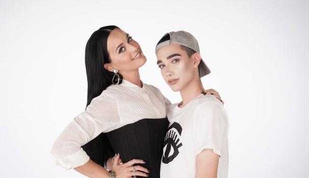 Katy Perry e James Charles, os dois embaixadores da CoverGirl (Foto: Divulgação)