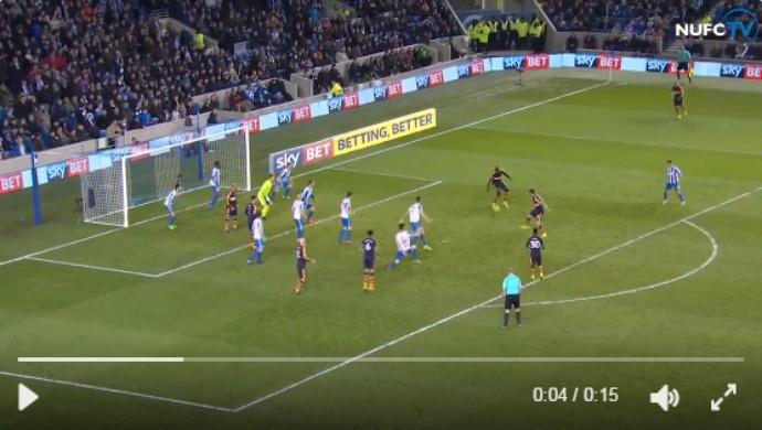 BLOG: Sem querer querendo? Senegalês faz gol espírita e inicia virada do Newcastle