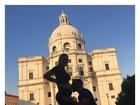Mico Freitas beija barriga de grávida de Kelly Key em viagem a Portugal