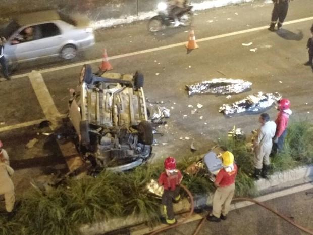 Acidente na BR-230 deixou dois mortos e dois feridos em João Pessoa (Foto: Felipe Quevedo/Arquivo pessoal)