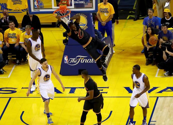 Golden State x Cleveland - final da nba jogo 7 - lebron james  (Foto: Getty Images)