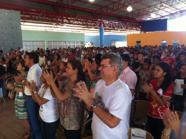 Evento religioso teve início às 8h e irá até as 22h do domingo (7) (Foto: Camila Henriques/G1 AM)