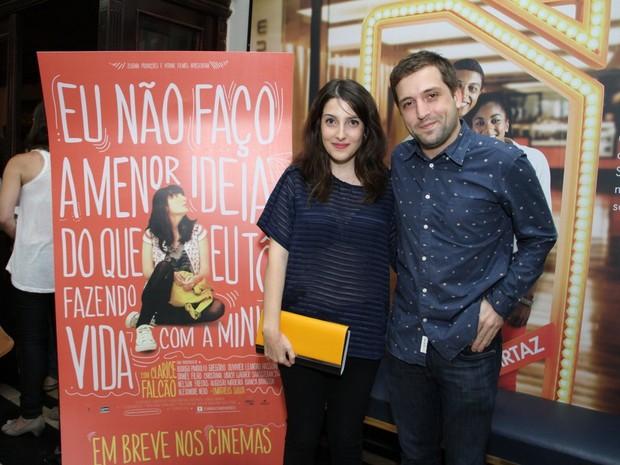 Clarice Falcão e Gregório Duvivier em pré-estreia de filme no Rio (Foto: Thyago Andrade/ Foto Rio News)
