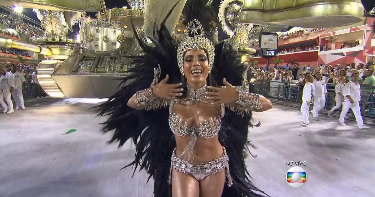 92de5c4f8 G1 - Mocidade tenta acabar com jejum de 19 anos com enredo politizado -  notícias em Carnaval 2016 no Rio de Janeiro