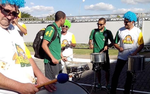 Seleção Brasil chega em Brasilia (Foto: Claudio Schwab)