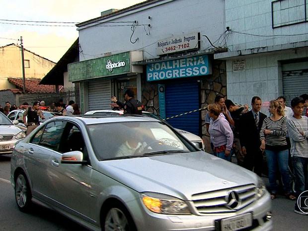 Idoso é morto em assalto no bairro Padre Eustáquio, em BH (Foto: Reprodução/TV Globo)