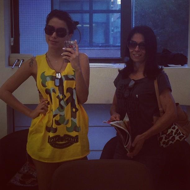 Anitta e a mãe (Foto: Reprodução/Instagram)