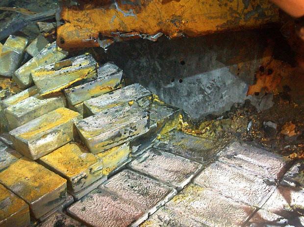 0ea8543d51 G1 - Mais de 1.500 lingotes de prata são recuperados de navio ...