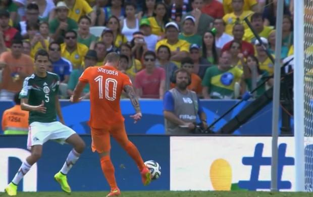 Gol Sneijder Holanda México (Foto: Reprodução SporTV)