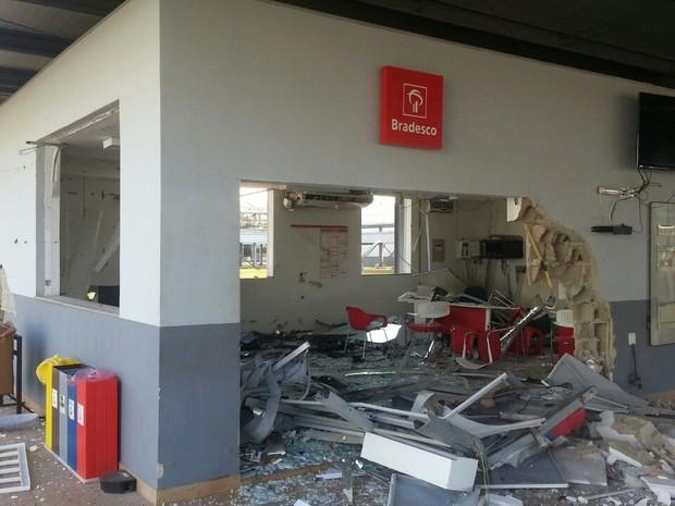 Agência Bancária Ourilândia do Norte Assalto Explodem Assaltantes (Foto: Reprodução/TV Liberal)