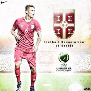 Capixaba Lyanco, do São Paulo, é destaque em publicidade da seleção da Sérvia (Foto: Reprodução/Site Oficial da FSS)