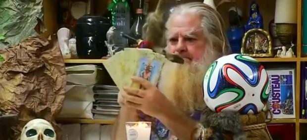 Bruxo mexicano prevê Brasil campeão (Foto: Reprodução SporTV)