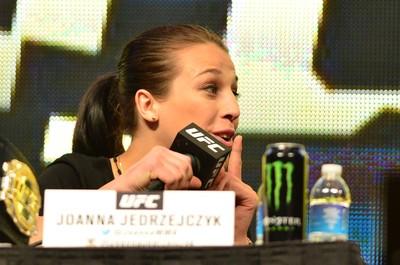 Joanna Jedrzejczyk coletiva UFC (Foto: Jason Silva)