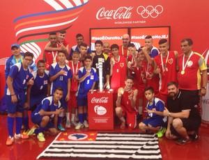 Equipes de futsal e basquete tocha olímpica Jogos Escolares (Foto: Divulgação)