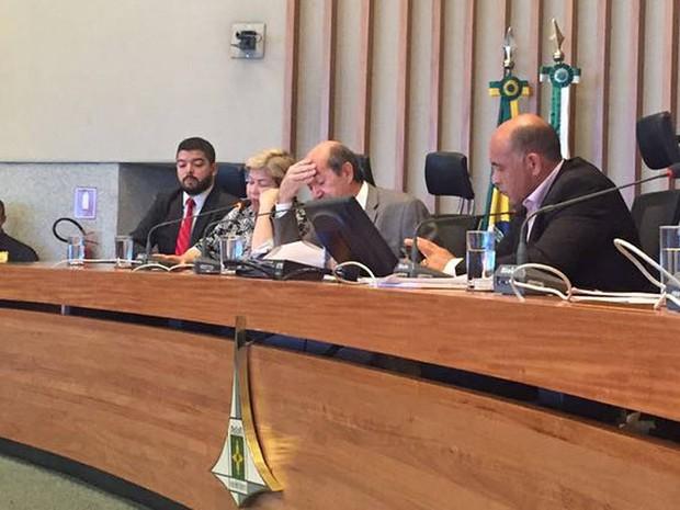 A presidente do Sindicato dos Servidores na Saúde (SindSaúde), Marli Rodrigues, durante depoimento à CPI da Saúde da Câmara Legislativa do Distrito Federal nesta segunda-feira,  (Foto: Gabriel Luiz/G1)
