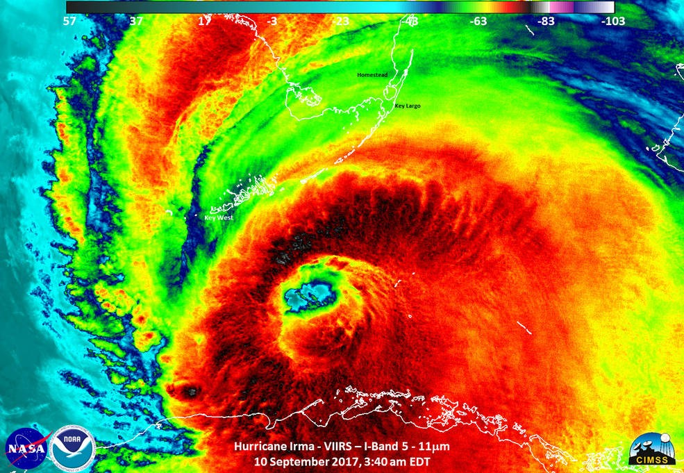 No olho do furacão Irma é possível visualizar fortes tempestades, com nuvens escuras que de -83 graus Celsius (Foto: NASA/NOAA/UWM-CIMSS, William Straka)
