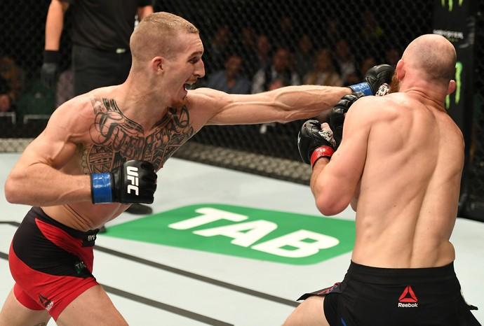 Jonathan Meunier venceu Richard Walsh por decisão unânime no UFC Austrália (Foto: Getty Images)