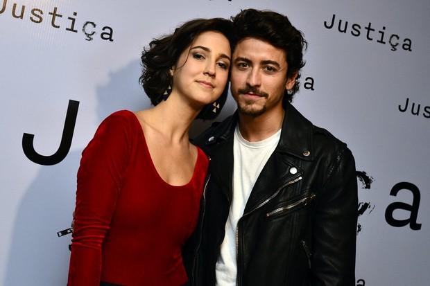 Camila Márdila e Jesuíta Barbosa (Foto: Roberto Teixeira / EGO)