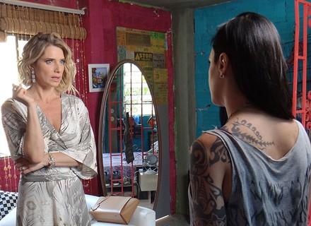 Soraya se surpreende com pedido de Ximena