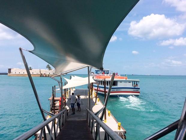 Resultado de imagem para Com maré baixa, travessia Salvador - Mar Grande
