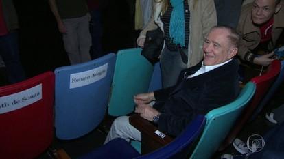 Renato Aragão dá nome a cadeira no Cine Joia, em Ipanema