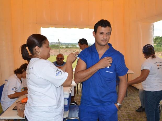 Projeto oferece diversos serviços em saúde e de responsabilidade social (Foto: Daniel Soares / G1)