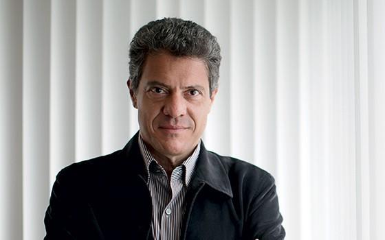 FERRO E PETRÓLEO Bem sucedido na Vale, Roger Agnelli foi sondado para Petrobras (Foto: Fabio Braga/Folhapress)