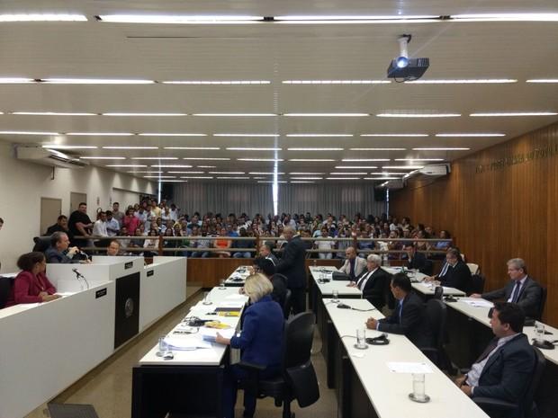 Reunião na Câmara de Valadares debateu  (Foto: Ana Carolina Magalhães/Arquivo Pessoal)