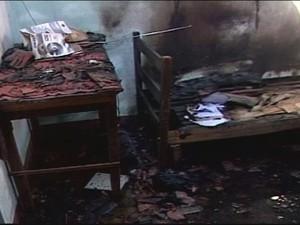 Fogo Casa ITU (Foto: Reprodução/TV Integração)