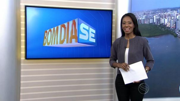 Maristela Niz apresenta o Bom Dia Sergipe desta segunda-feira, 09 (Foto: Divulgação / TV Sergipe)